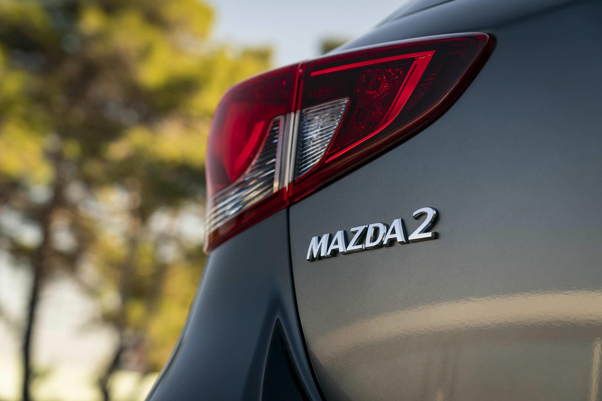 mazda-2-hatchback